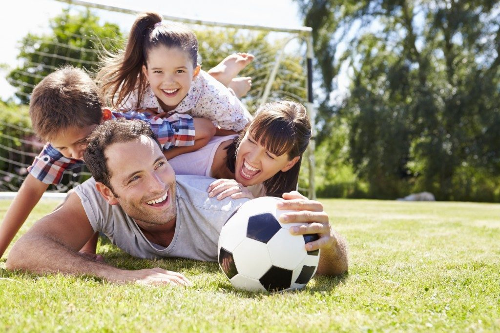 Take a Break from Electronics: Outdoor Activities to Have Plenty of Fun with your Family